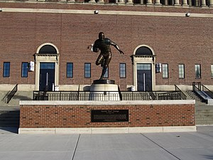 Red Grange - Statue of Red Grange outside Memorial Stadium in Champaign, Illinois