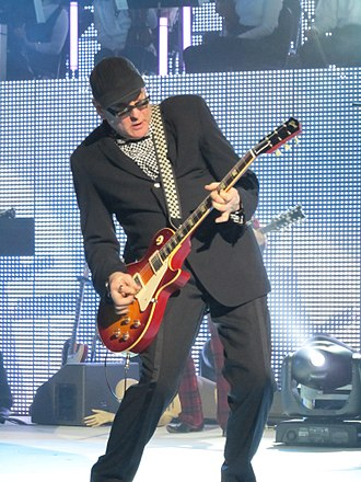 "Rick Nielsen - Nielsen playing at Cheap Trick's ""Dream Police"" show in Milwaukee, February 2011"