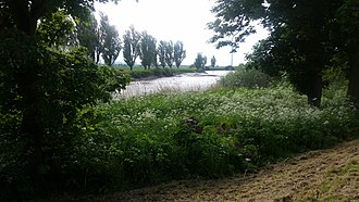 Airmyn - Image: River Aire at Airmyn