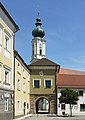 Rotthalmünster, poort en kerktoren die Katholische Pfarrkirche Mariä Himmelfahrt DmD-2-75-143-12 foto2 2017-08-08 11.56.jpg