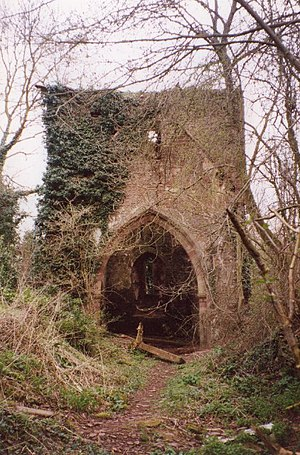 English: Ruined Church of St Mary, Avenbury, H...