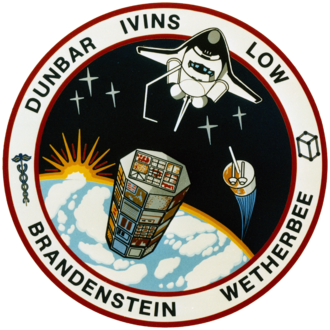 G. David Low - Image: STS 32 patch