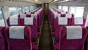 E531 series - Image: Sa Ro E531 15 lower deck interior Katsuta Station 20170603