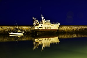 Saint-Vaast-la-Hougue - The port at night