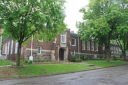 Saint Mary's School Chelsea Michigan.JPG