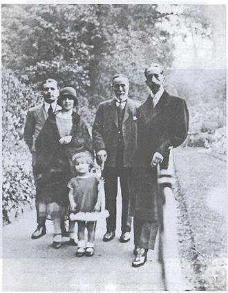 Salim Ali Salam - Salim Ali Salam with King Faisal I of Iraq in Richmond Park in London in 1925, along with Salim's son Saeb Salam and daughters Anbara and Rasha. Anbara  can be seen wearing an elegant cloche hat and a mid-calf skirt, contrary to prevailing social conventions in Beirut at the time.
