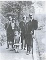 Salim Ali Salam with King Faisal I of Iraq in Richmond Park in London in 1925, along with Salim's son Saeb and daughters Anbara and Rasha..jpg