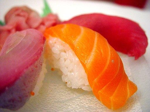 Salmon sushi cut
