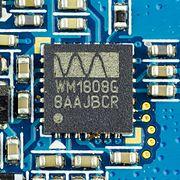 Samsung SGH-D880 - Wolfson Microelectronics WM1808G on motherboard-9724.jpg