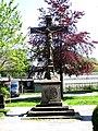 Sandsteinkreuz auf dem Südfriedhof fd.JPG