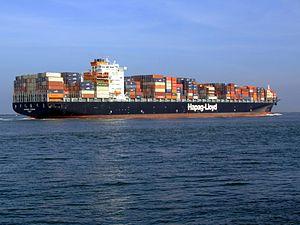 Savannah Express pB approaching Port of Rotterdam, Holland 18-Jan-2005.jpg