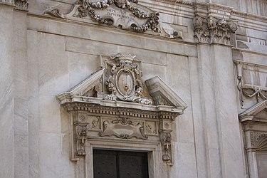 Savona Cathedral pediment 2.jpg