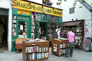 Donde habitan los libros 300px-Shakespeare_and_Company_%28July_2007%29