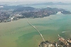 Shenzhen Bay Bridge aerial view.jpg