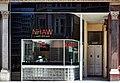 Shopfront Walter Gropius (14135480947).jpg