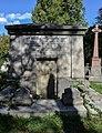 Sir William Molesworth Mausoleum.jpg