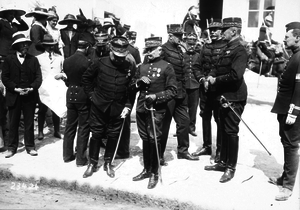 André Sordet - General Sordet (centre) and other officers, on manoeuvres in 1912
