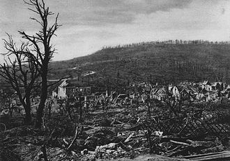 Chemin des Dames - Devastated village of Soupir, May 1917