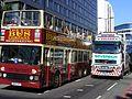 Sovereign Vulcan Volvo breakdown truck. City Tour bus passes broken down City Tour Bus London 1 July 2009 (3681627699).jpg