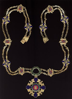 Star-of-Romania-Order-Collar.jpg