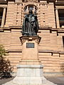 Statue of Queen Victoria, Brisbane.JPG