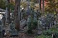 Statues by Tenryuji (2699799247).jpg