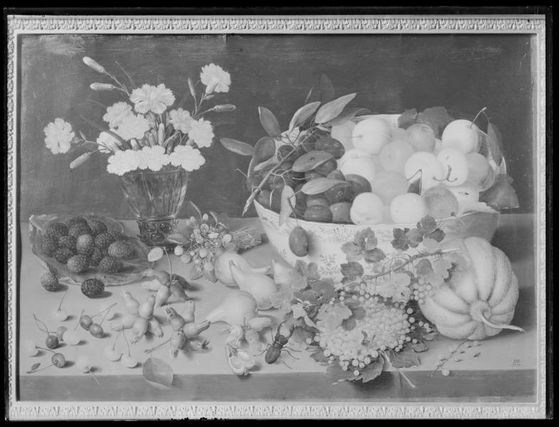 File:Stilleben med blommor och frukter. Oljemålning på koppar - Livrustkammaren - 17380.tif