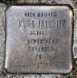 Photo of Kurt Jalowitz brass plaque