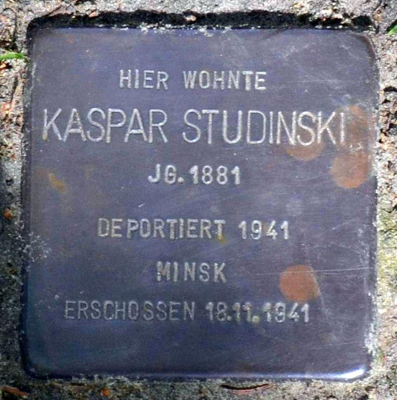 Stolperstein für Kaspar Studinski (cropped).jpg