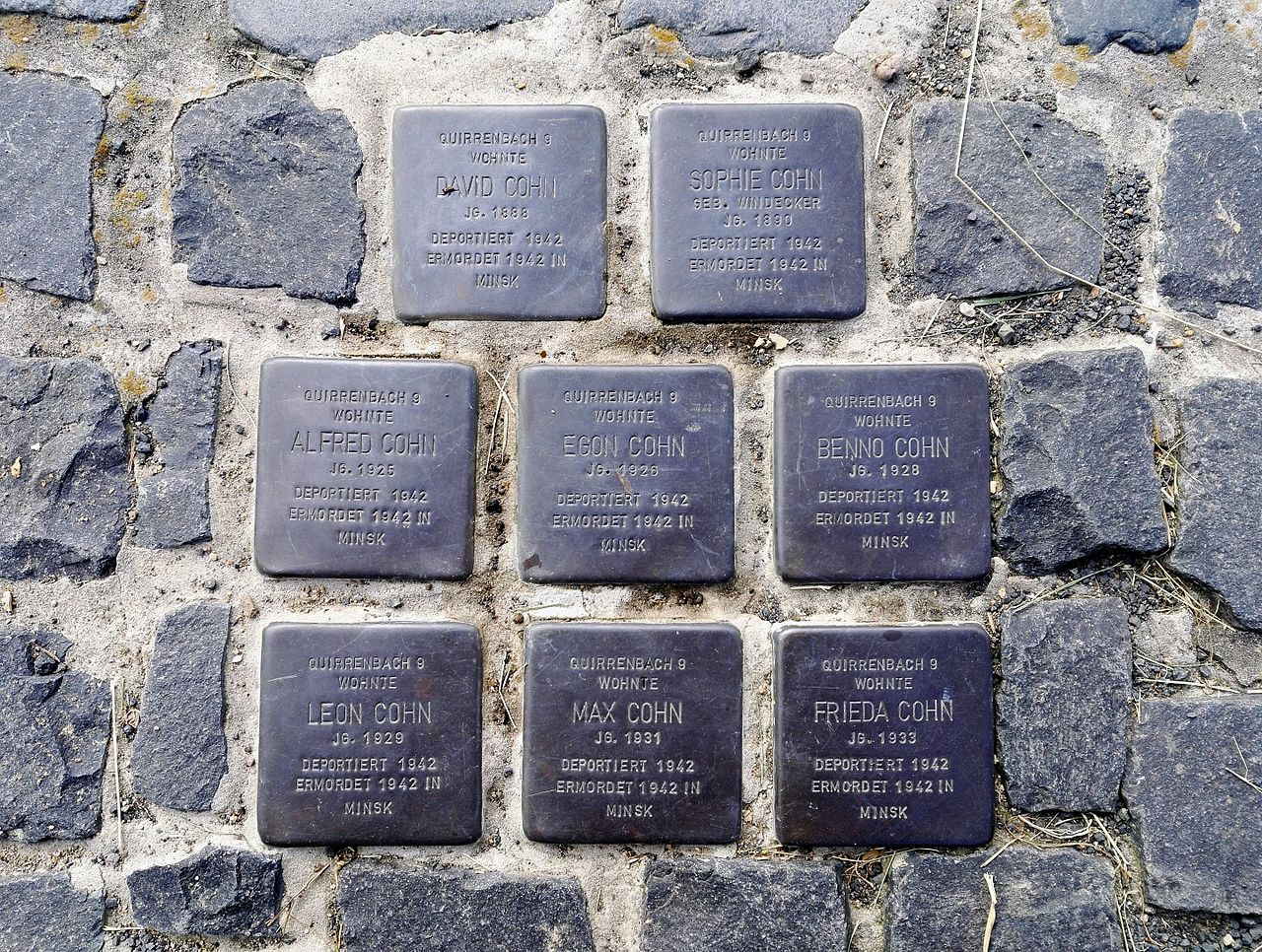 Stolpersteins Cohn Family, 8 of them, Plätzer Weg 10, Königswinter-Quirrenbach.jpg