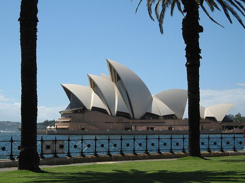 Súbor:SydneyOperaHouse9 gobeirne.jpg