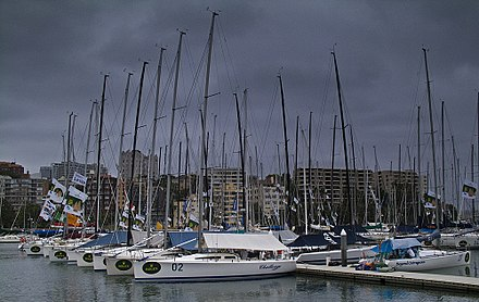 The calm before the storm. Sydney to Hobart entrants moored up at Rushcutters Bay, Christmas Day, 2004. Sydney 2 Hobart yachts.JPG