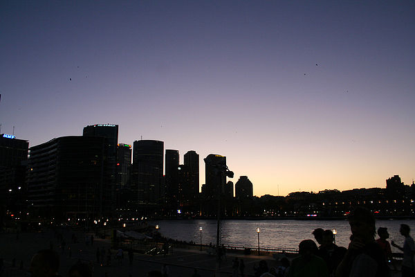 Sydney CBD Skyline at dusk.jpg