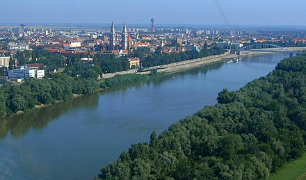 The Tisza is the longest tributary of the Danube Szeged-tisza3.jpg