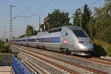 Un TGV POS 4417