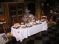 Table du gros souper de Noël avec ses trois nappes.jpg