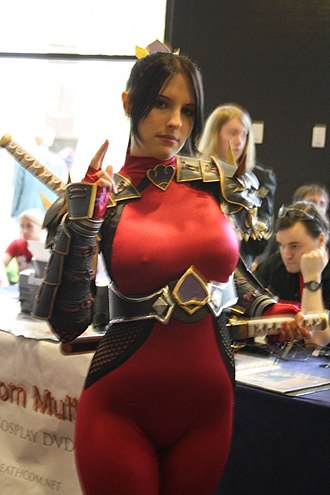 Taki (Soulcalibur) - A woman dressed as Taki from Soulcalibur IV at Anime Central in 2010