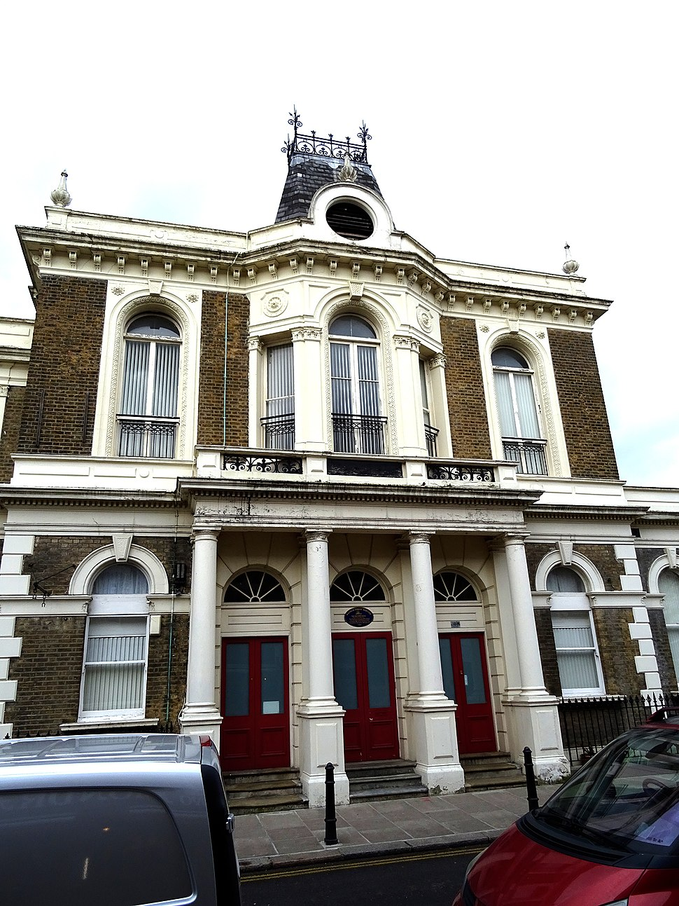 The Old Town Hall 14B Orford Road Walthamstow Village London E17 9LN