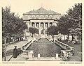 Theater und Vater-Rhein-Brunnen in Strassburg.jpg