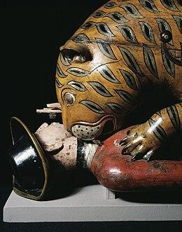 Tigre de Tippu dans TIGRE 260px-Tipu%27s_Tiger_detail_of_head_2006AH4167