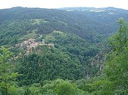 Tiranges, la vue sur les gorges de l'Ance et le château de Chalancon.JPG