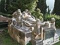 Tomba Lavarello Anselmi (Cimitero monumentale di Staglieno).jpg