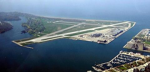 Toronto - ON - Toronto City Centre Airport.jpg