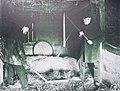 Tröskning med slaga i Hudene, Vg, 1903.JPG