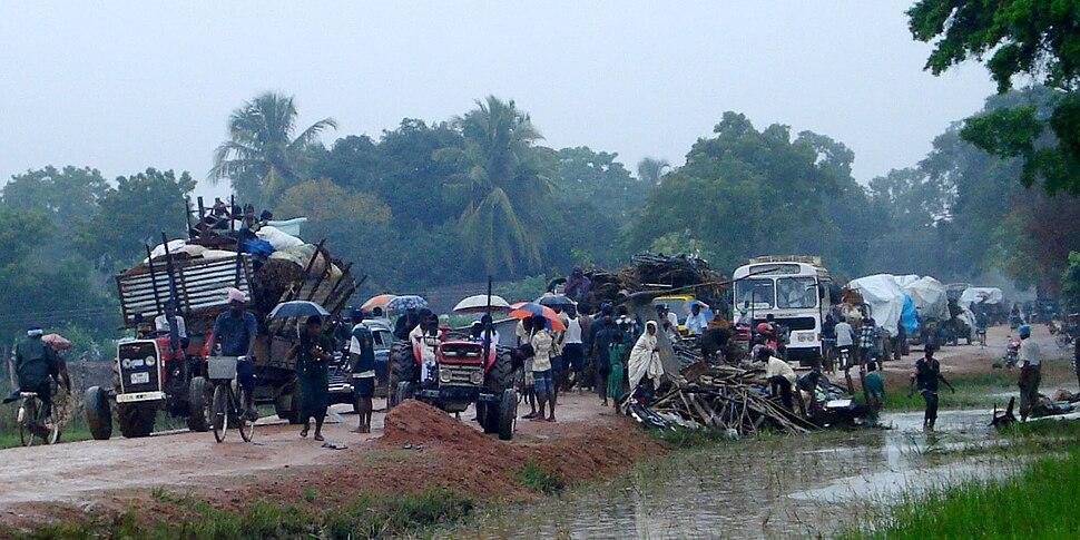 Tractors. Jan 2009 displacement in the Vanni