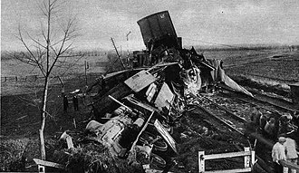Rosmalen train accident - Image: Trein ongeluk Rosmalen 1920