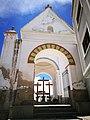 Tres creus a la basílica de Copacabana.jpg