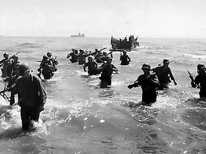 Troops storm shore of Leyte.jpg
