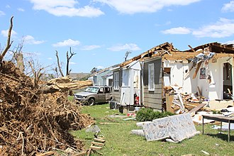 2011 Tuscaloosa–Birmingham tornado - Cleanup after the tornado in May (U.S. Army Corps of Engineers photo)