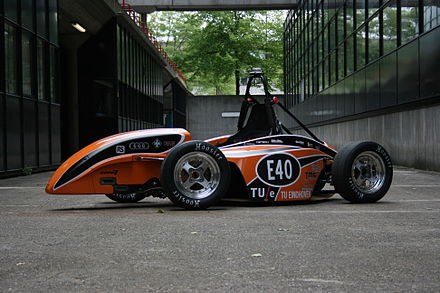 The full electric Formula Student/Formula SAE car of the Eindhoven University of Technology URE05e.jpg